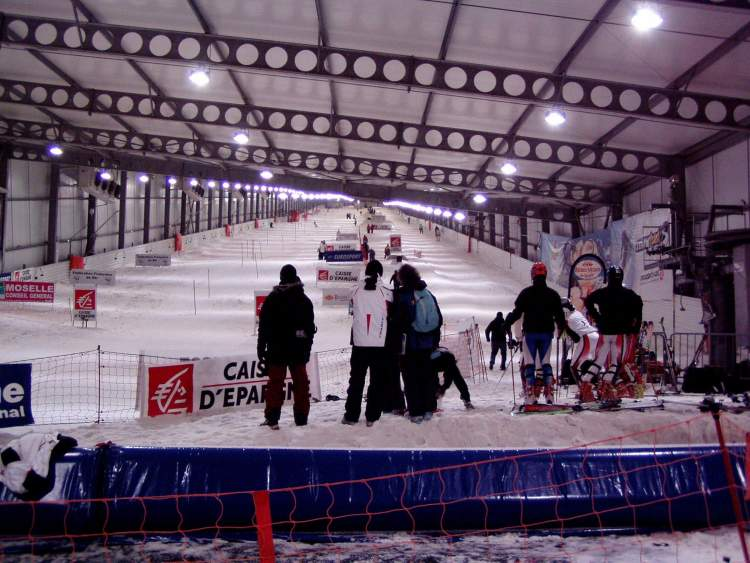 Snowhall à Amneville les thermes ski indoor
